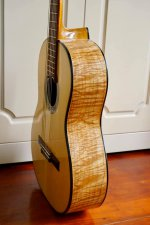 Guitar Hoang Dalat Maple 3.jpg