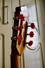 Guitar Hoang Dalat Maple 6.jpg